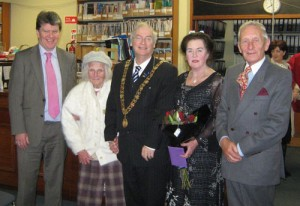 Pictured in 2008 with Lord Mayor, Brian Bermingham, are City Librarian Liam Ronayne, Aruba Coghlan and her mother, and Aruba's husband Dr Sean Pettit